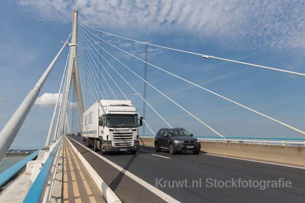 pont-de-normandie-0864F2C54F-3A91-656A-1423-D1CA1C272AAA.jpg