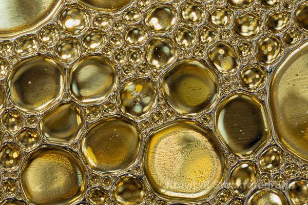 oliedruppels-11244D121E-605C-6ED3-5803-AFD1010ED889.jpg